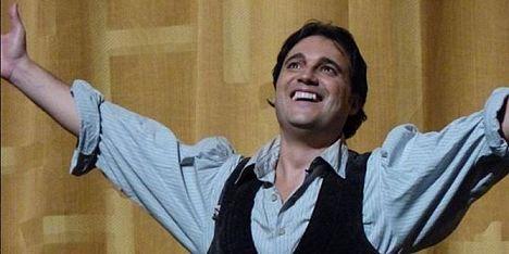 Il tenore Demuro a teatro con gli studenti di Monte Angellu