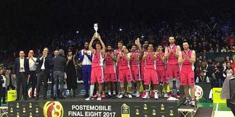Basket: Dinamo Sassari a testa alta, ma la Coppa finisce a Milano