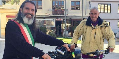 River, il ciclista giramondo fa tappa a Porto Torres e all´Asinara