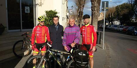 Giro del mondo in bici, Janus River ad Alghero