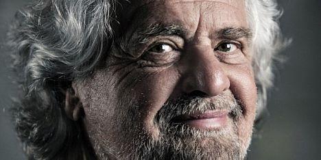 Beppe Grillo ritorna comico a Cagliari