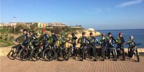 Atleti di Porto Torres nella sfida di mountain bike