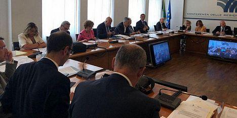 Richiedenti asilo: le Regioni chiamano Salvini