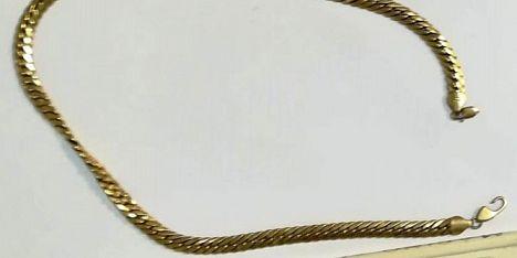 Sassari: ritrovato un collier d´oro