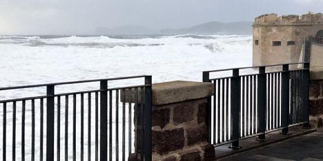 Vento e mareggiate sul nord dell´Isola