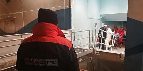 Porto Torres, soccorso 78enne sulla nave da crociera