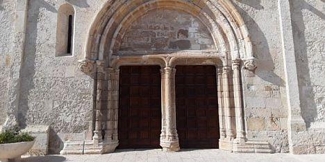 Basilica: scoperto il costruttore del portale San Gavino
