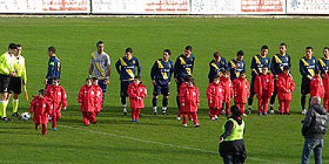 Calcio fertilia chiude il 2011 col sorriso for Ferroni sassari