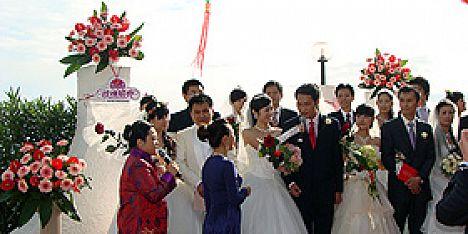 Matrimonio Spiaggia Alghero : Grotte nuraghe spiagge e torri matrimoni ad alghero si può
